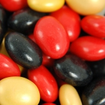 agilus Salmitos schwarz-rot-gold 1kg