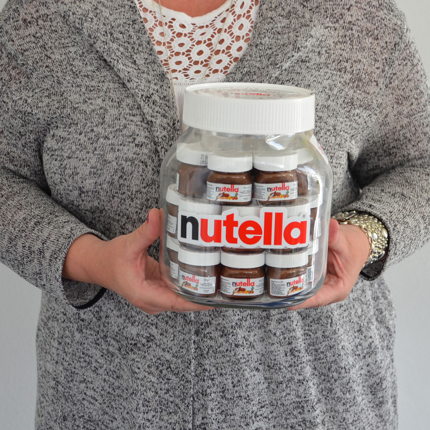 nutella world big jar xxl 21x30g online kaufen im world of sweets shop. Black Bedroom Furniture Sets. Home Design Ideas